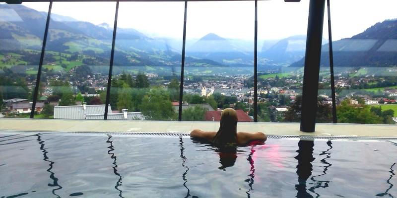 Hotel Schloss Lebenberg pool