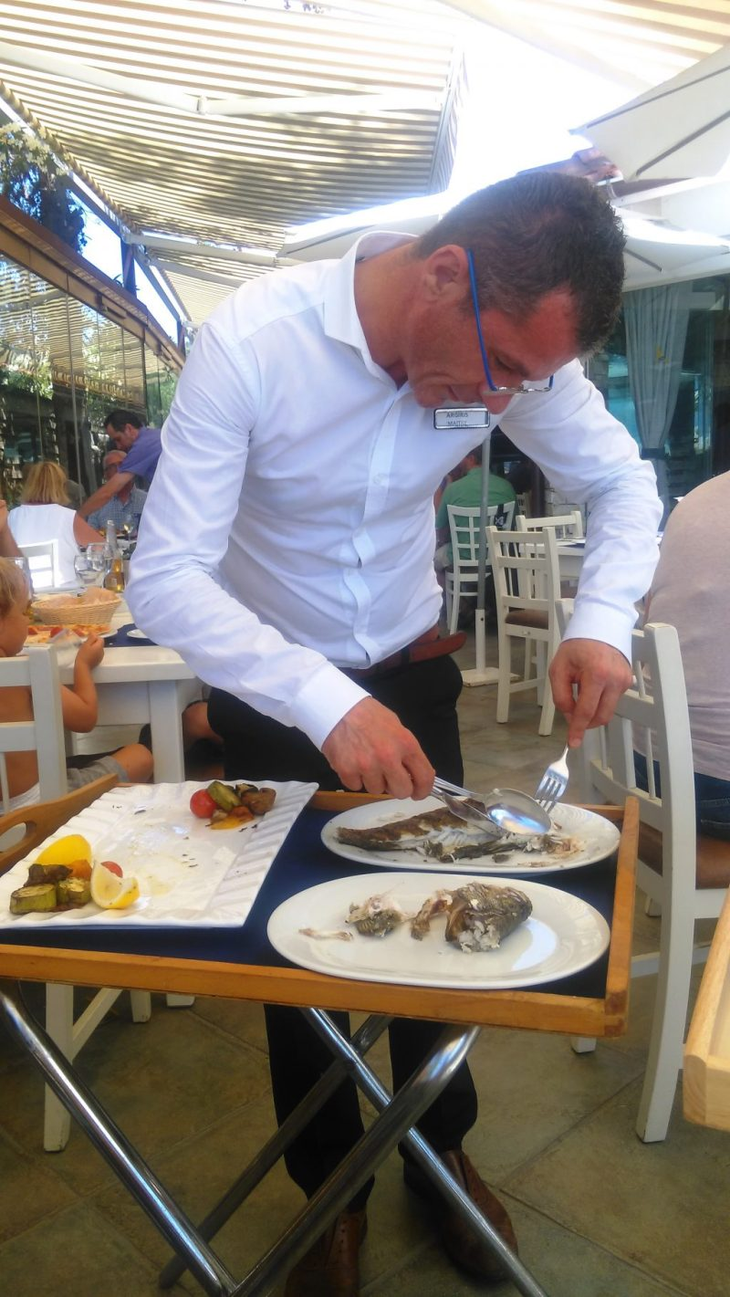 fish-taverna-anthemus