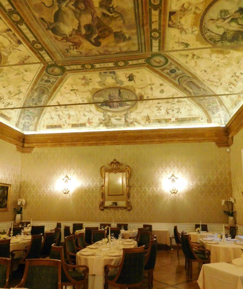 Carraci Restaurant Bologna