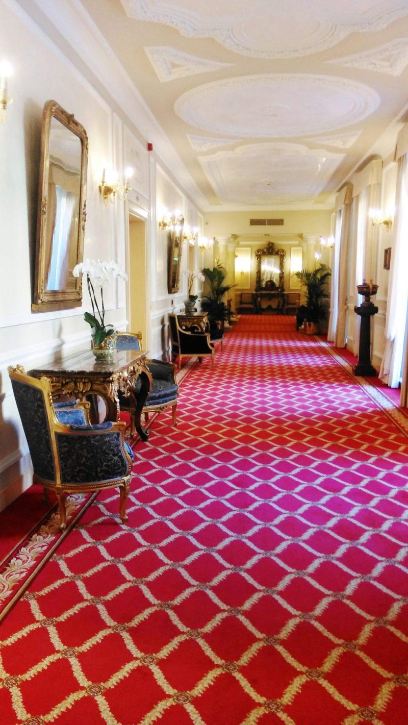 hallway-grand-majestic