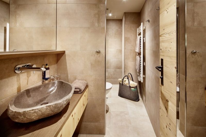 eder-hotel-bathroom