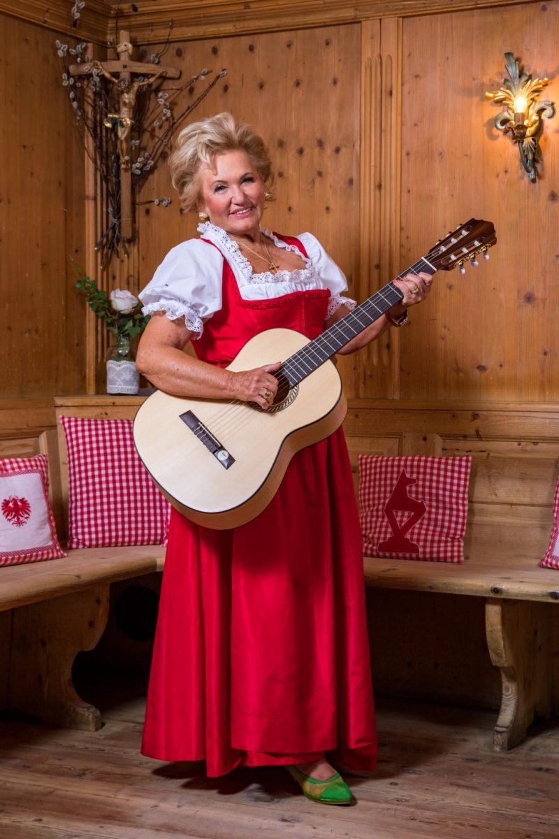 Rosi Schipflinger.